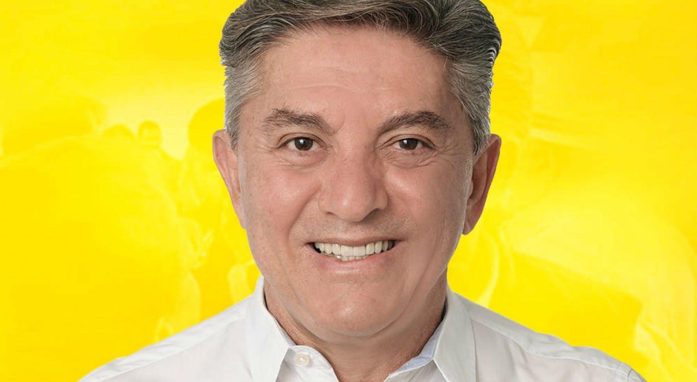 Prefeito eleito de Brejo da Madre de Deus, Roberto Asfora