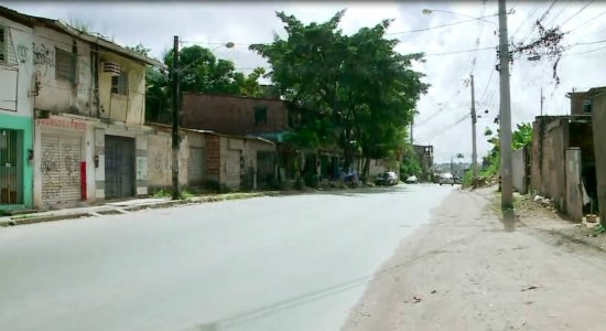 Menina de 3 anos morre carbonizada após incêndio em barraco em Olinda