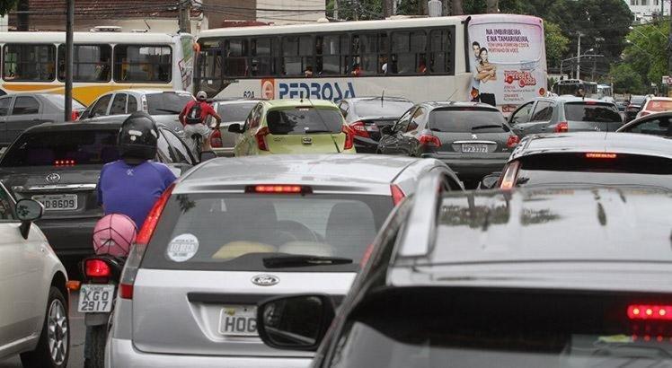 Motoristas podem ficar sem pagamento do DPVAT nos próximos anos; entenda