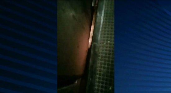 [Vídeo] Metrô do Recife: princípio de incêndio em trem causa tumulto na Estação Mangueira