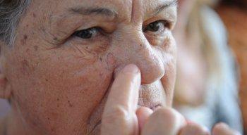 Pandemia afastou pacientes de câncer de pele de consultórios e ambulatórios, comprometendo o diagnóstico da doença