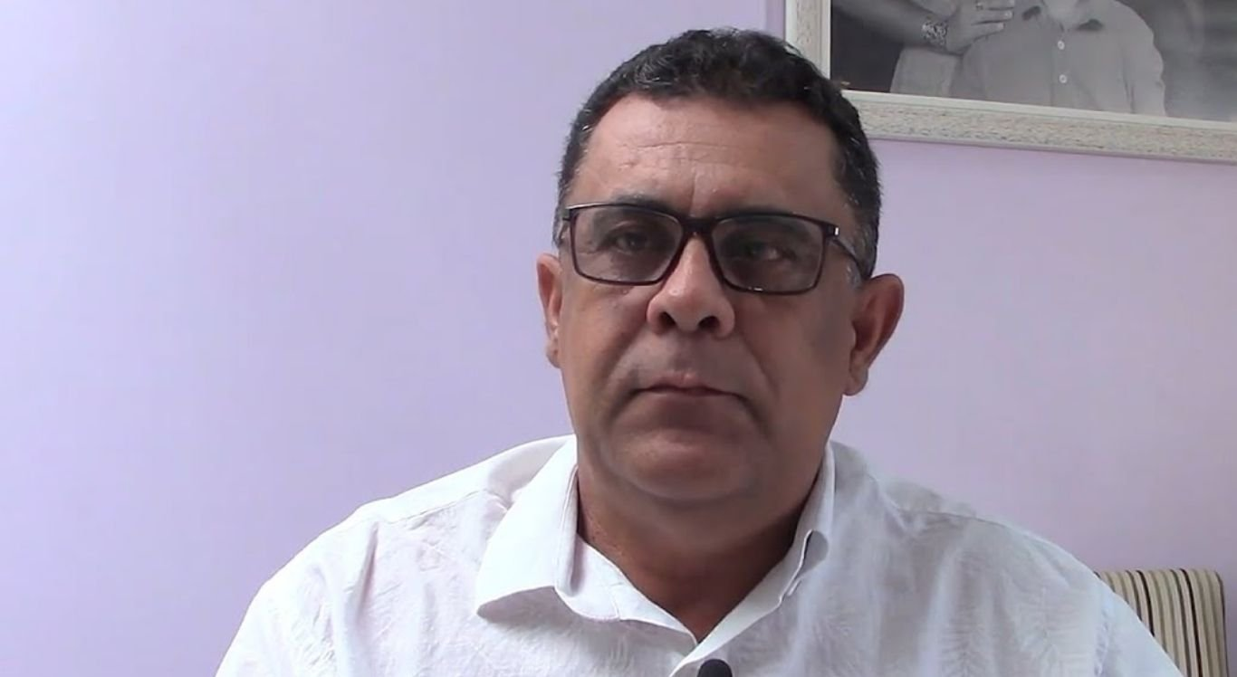 Orlando José realizou cobranças ao governador a respeito de obras estruturais para o município