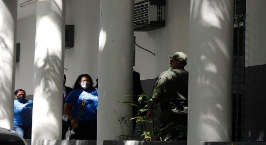 Confira a audiência do caso Miguel no Recife em tempo real