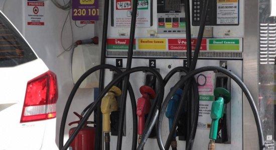 Preço da gasolina dispara nos postos do Grande Recife; confira valores