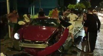 Segundo testemunha, o motorista dirigia em excesso de velocidade, a cerca de 150 Km/h.
