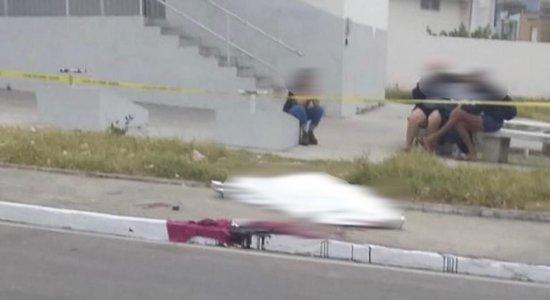 Homem é morto a facadas após negar cigarro em Garanhuns