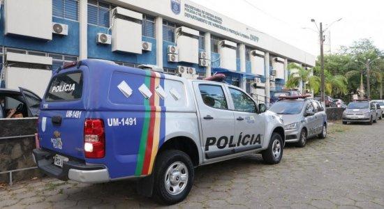 Namorado de manicure que teve corpo jogado em rio no Recife se entrega e é autuado por feminicídio
