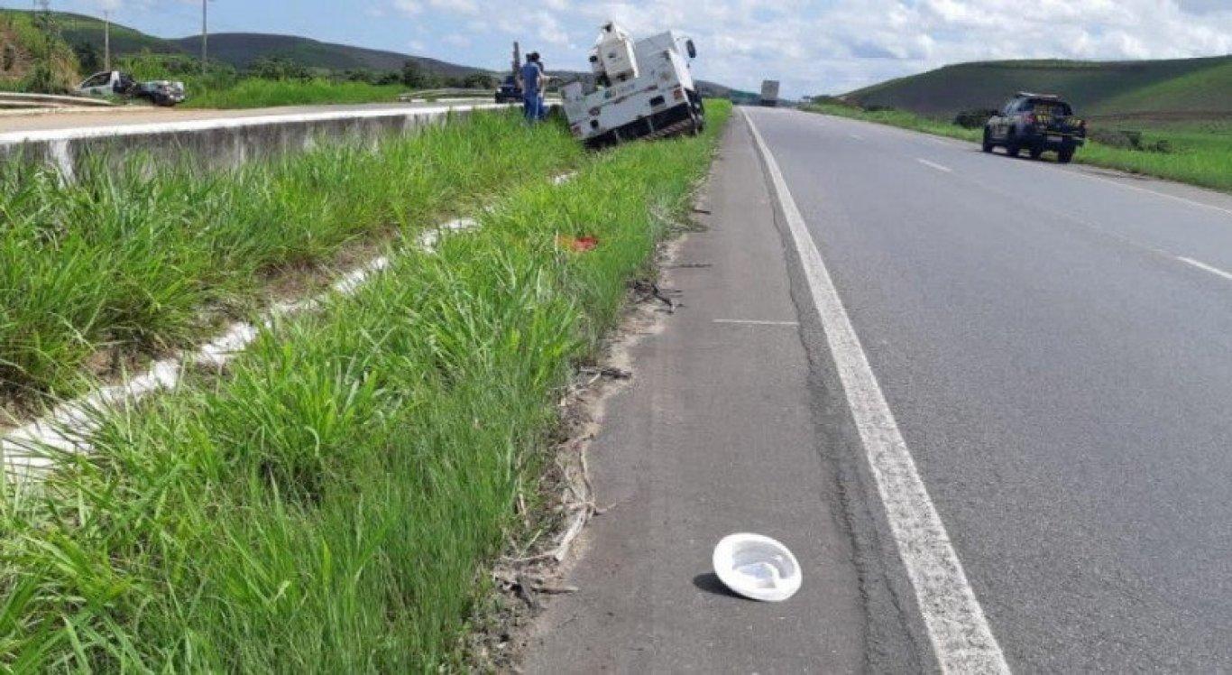 Vítima acabou sendo atingida por caminhão que estava em alta velocidade