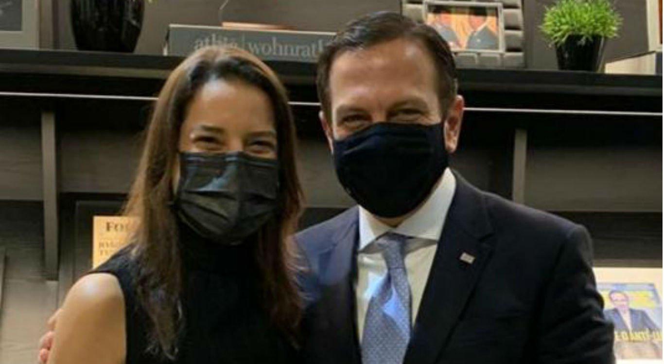 Raquel Lyra se reúne com governador de São Paulo durante viagem
