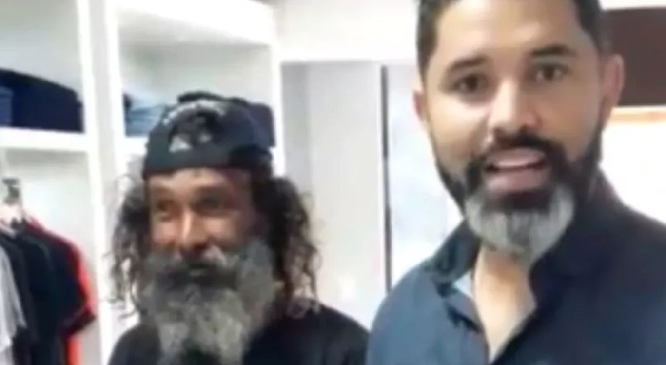 Convite partiu do empresário Alessandro Lobo (à direita), que também é cantor e compositor de dupla sertaneja