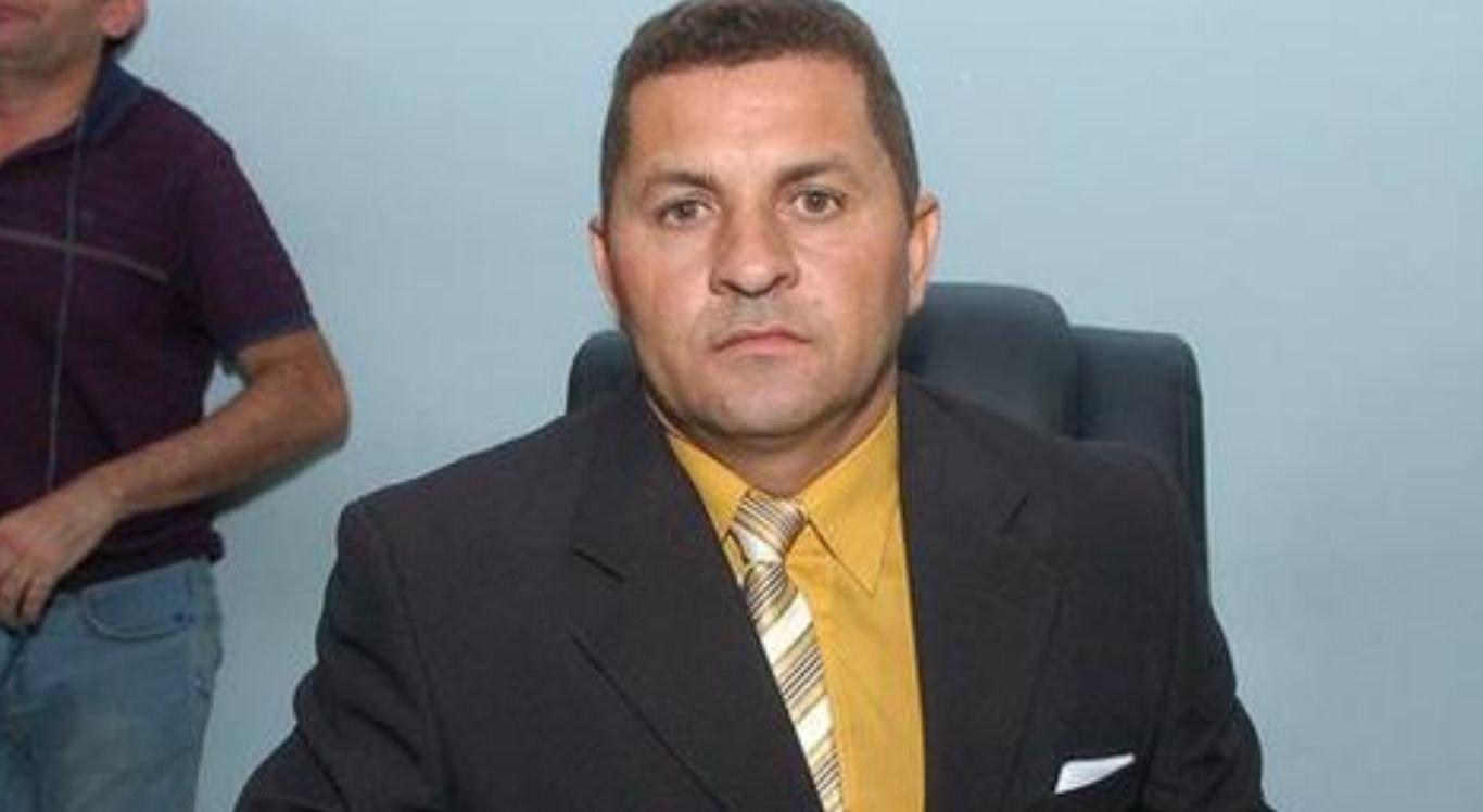 Candidato pelo Movimento Democrático Brasileiro, nas Eleições 2020, Carlinhos obteve 1.083 votos, sendo o 21º mais votado