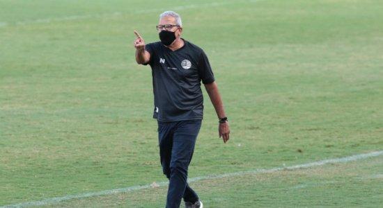 Hélio dos Anjos acredita que Náutico vai apresentar intensidade já na estreia da temporada 2021