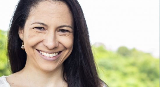 Benzedeira e terapeuta holística, Jacqueline Naylah traça um plano de três semanas para começar 2021 com novos hábitos