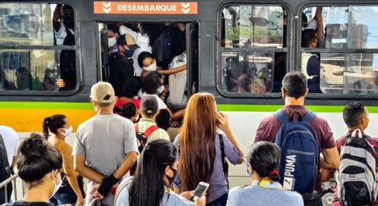 Grande Recife Consórcio anuncia reforço de ônibus, mas passageiros ainda reclamam