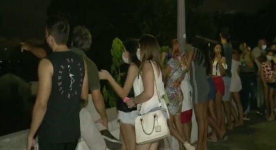 Estrela de Belém: público se reúne no Alto da Sé, em Olinda, para assistir o fenômeno