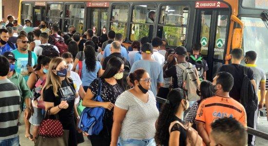A gente não pode pensar que o vírus não entra no transporte público, diz presidente do TCE
