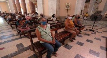 Fiéis pedem mais saúde em 2021, na Bênção de São Félix