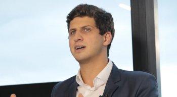 João Campos (PSB) tem 27 anos, prefeito mais jovem do Recife