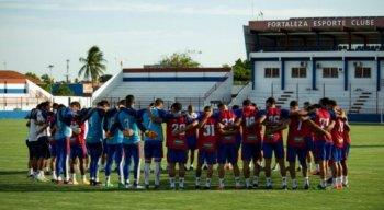 Nove jogadores do Fortaleza testam positivo para covid-19