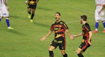 Thiago Neves marcou o gol da vitória do Sport diante do Fortaleza