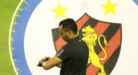 Jair Ventura lamenta perda de vaga na Sul-Americana, mas enaltece elenco do Sport