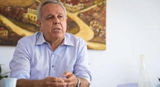 TCE: Decretos de aquisição de imóveis para Secretaria de Educação do Recife são suspensos