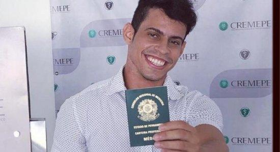 Médico de 26 anos morre em acidente após sair de plantão em Caruaru