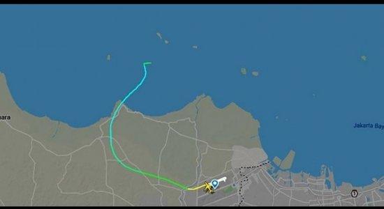 Avião da Indonésia some do radar logo após decolagem