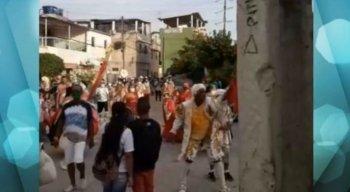 Sem respeito aos protocolos de saúde e segurança para o combate ao novo coronavírus (covid-19), teve carnaval nas ruas do Recife durante o fim de semana.