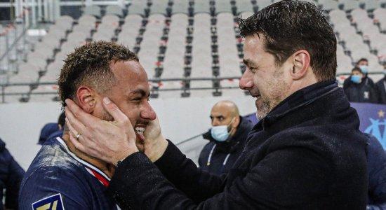 Neymar volta de lesão, marca gol e PSG é campeão da Supercopa da França