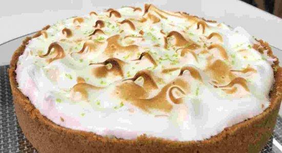 Prepare uma receita maravilhosa de Torta de Limão com o chef Rivandro