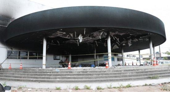 Incêndio atinge prédio administrativo da Prefeitura de Paulista