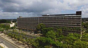 Pacientes de Manaus serão transferidos para Hospital das Clínicas, no Recife