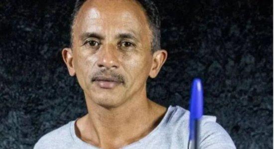 Vídeo: Dono do hit 'Caneta Azul' lança música para incentivar vacinação da covid-19