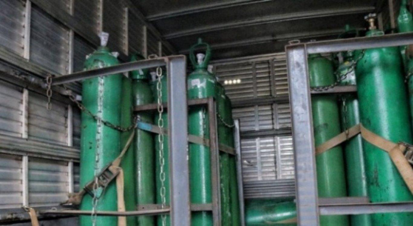 Os cilindros de oxigênio foram recuperados pela polícia em Manaus