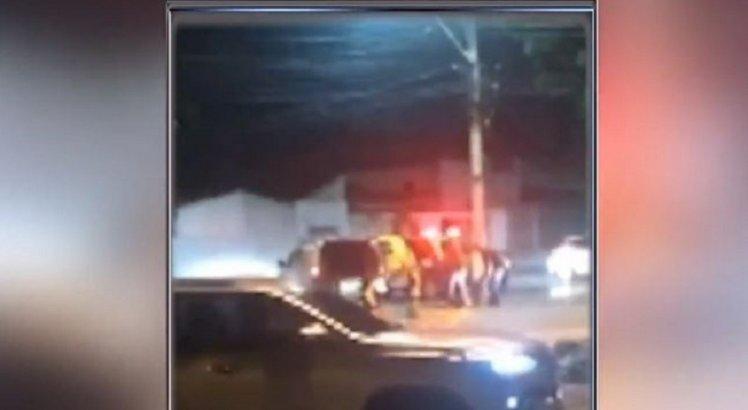 Mulher sequestrada em Ibimirim e torturada em vídeo é resgatada e 3 suspeitos morrem em Maceió