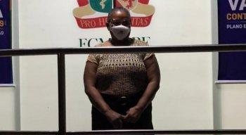 Perpétua do Socorro Barbosa dos Santos, de 52 anos, é técnica de enfermagem no Hospital Universitário Oswaldo Cruz