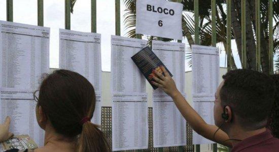 Mais da metade dos inscritos no Enem não comparecem ao primeiro dia de provas