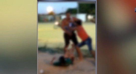Vídeo: mulher é espancada pelo marido em festa em Jaboatão dos Guararapes