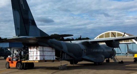 Aviões da FAB iniciam distribuição de vacinas CoronaVac aos estados