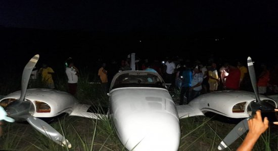 Avião de pequeno porte faz pouso de emergência em Tamandaré, no litoral Sul de Pernambuco