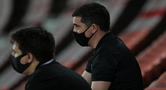 Bola Rolando: Presidente do Santa Cruz fala de sondagens por Maycon Cleiton e André