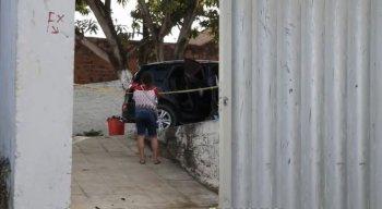 O crime aconteceu na Rua Procurador Pedro Jorge, por volta das 3h da madrugada desta quarta-feira (20).