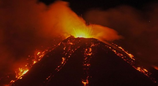 O Etna é um dos três vulcões ativos em solo italiano