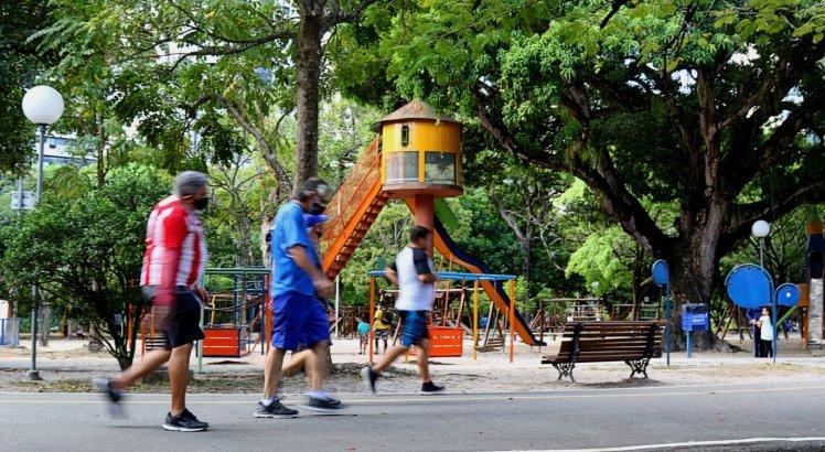 Secretário pediu que população respeite as medidas sanitárias nos parques