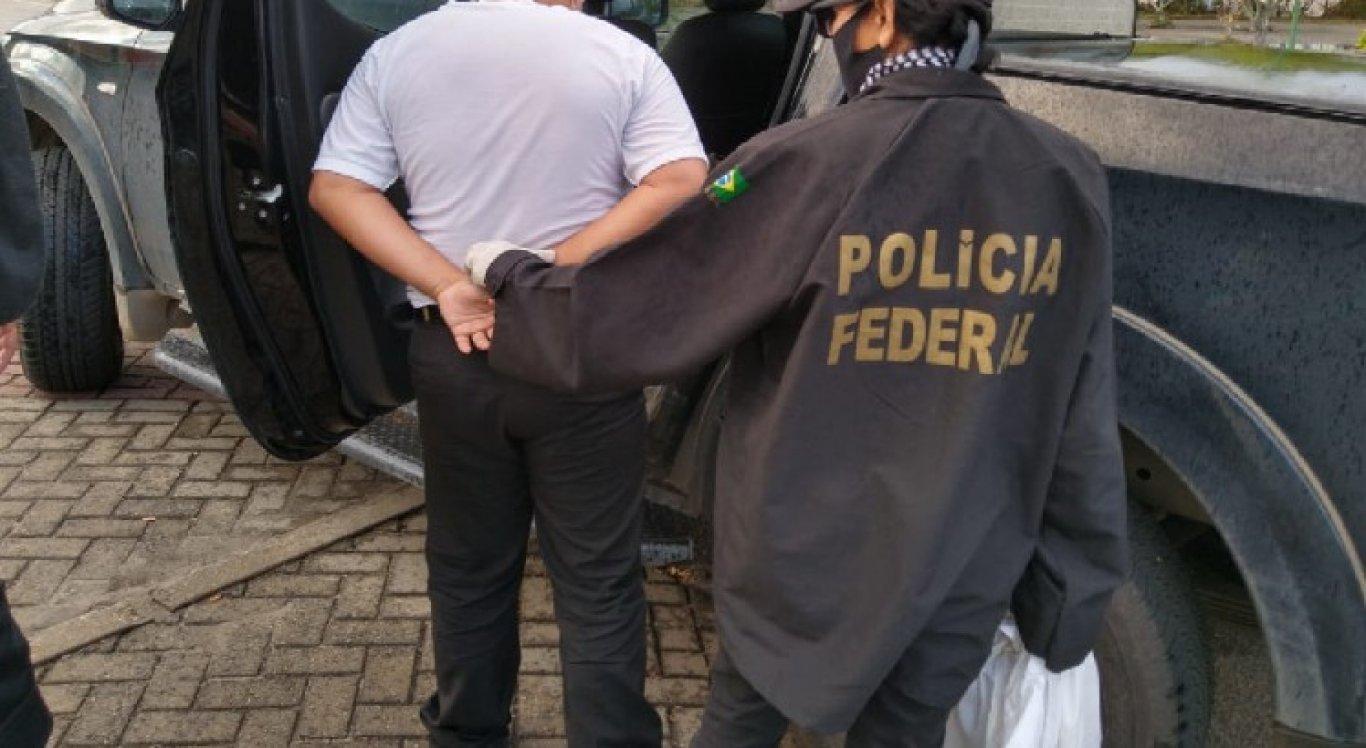 Homens foram presos pela PF