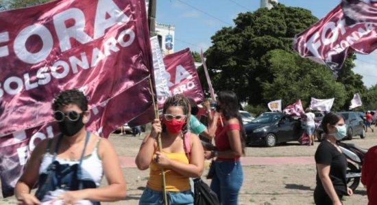 Carreata pró-impeachment de Bolsonaro acontece no Recife; veja imagens