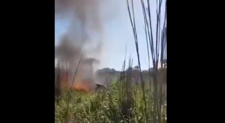Veja vídeo: após cair, avião com jogadores do Palmas pega fogo; seis morreram