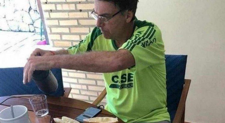 Gasto de R$ 15 milhões do Governo Bolsonaro com leite condensado viraliza; veja memes e outros produtos na lista