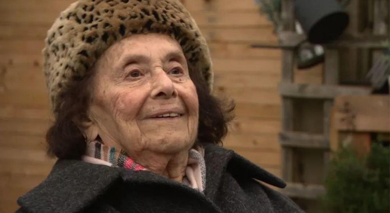 Lily teve parte da família assassinada pelos nazistas